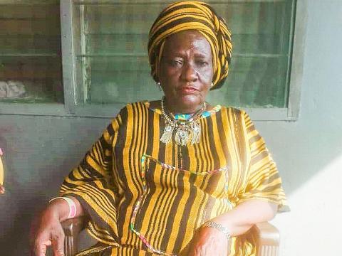 Sierra Leone male secret society members attack female Paramount Chief – Politico SL News
